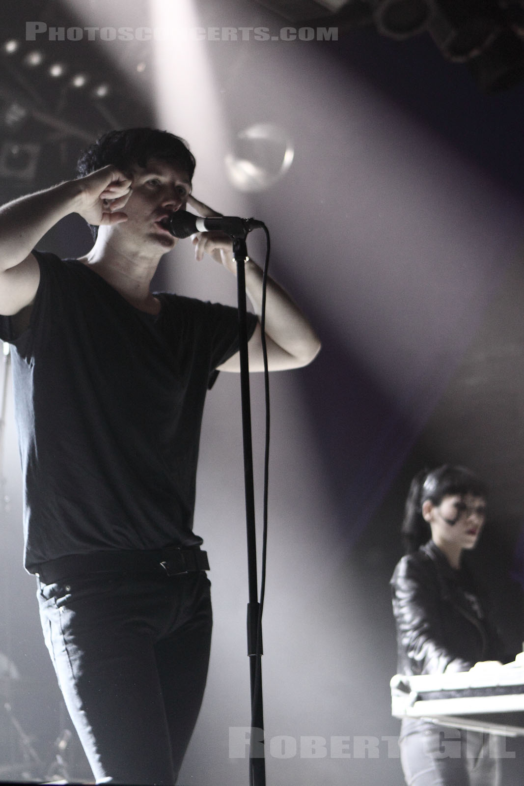 ALEC EMPIRE - 2010-09-06 - PARIS - La Machine (du Moulin Rouge)